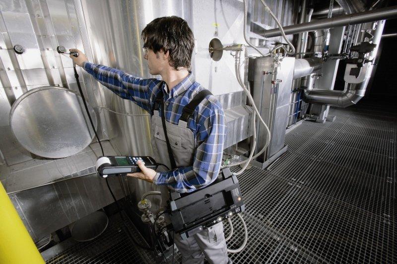 Замер газов на производстве с применением газоанализатора