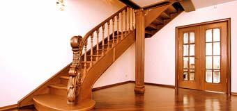 Лестница для загородного дома: технические хитрости