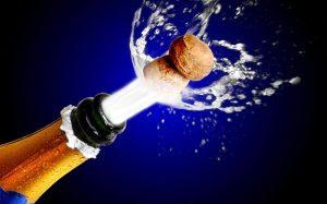 риск открывания шампанского