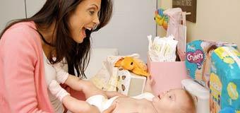Как выбрать безопасные памперсы для своего малыша?