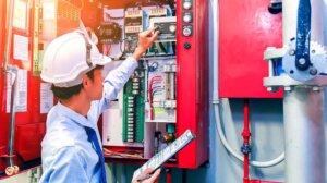 Необходимость установки и обслуживания охранных и пожарных систем